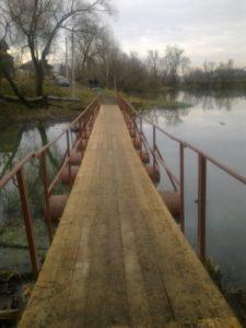 Ремонт моста через водоём